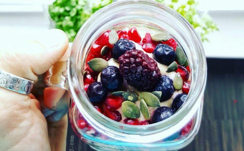 Chia-laagjespudding smoothiebowl